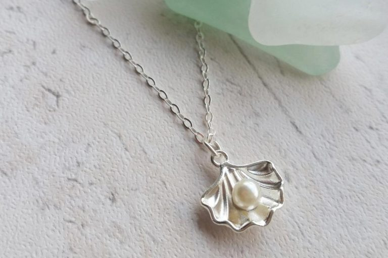 pearl and shell pendant beach necklace