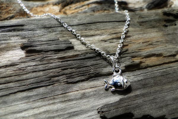 Little-Fishy-Silver-Necklace-1