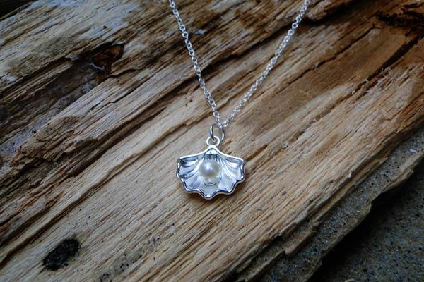 Sea-Treasure-Necklace-2