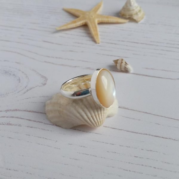 mother of pearl small sterling silver ring