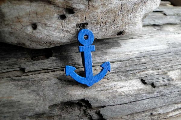 Blue-Anchor-Brooch-1