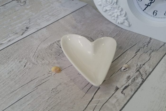 porcelain heart shaped trinket dish