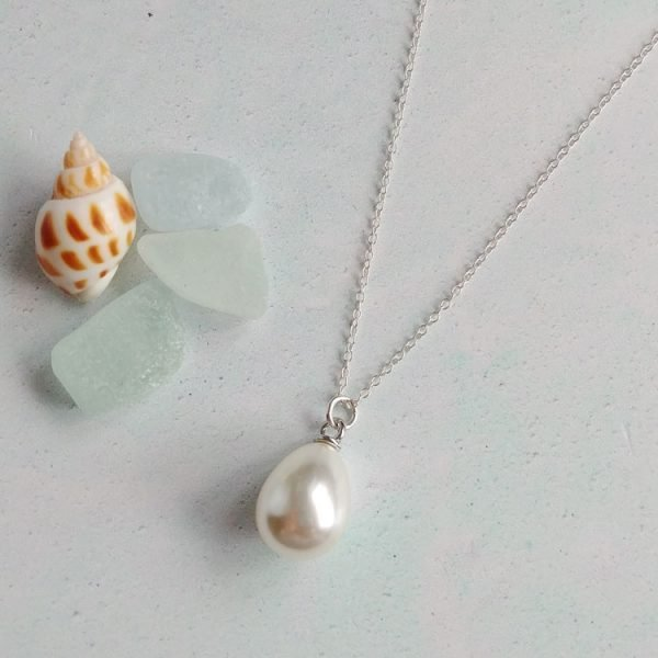 summer-pearl-necklace