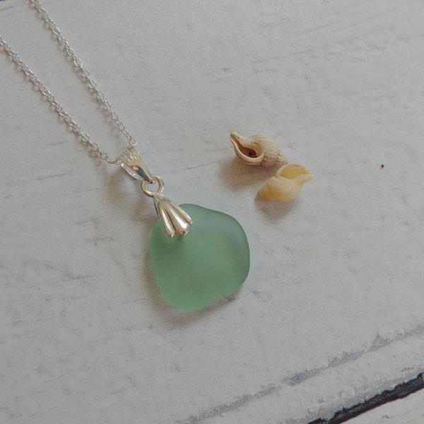 summer aqua seaglass pendant necklace