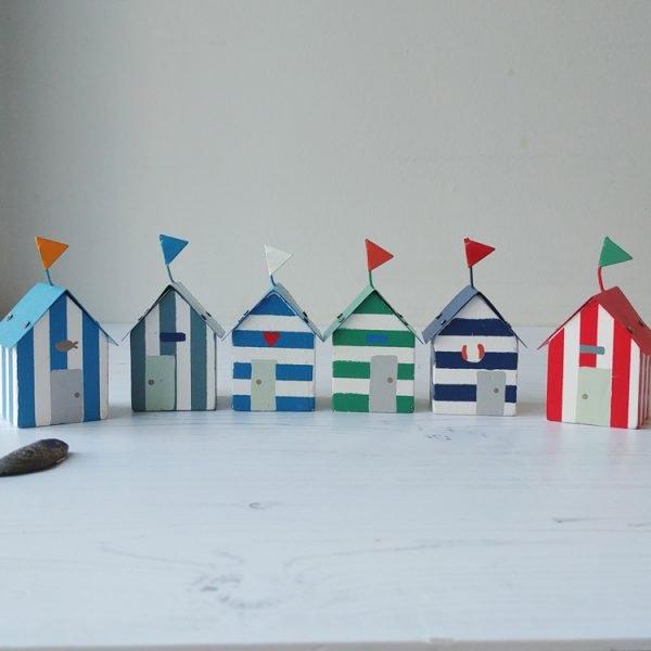 summer dreams wooden mini beach huts