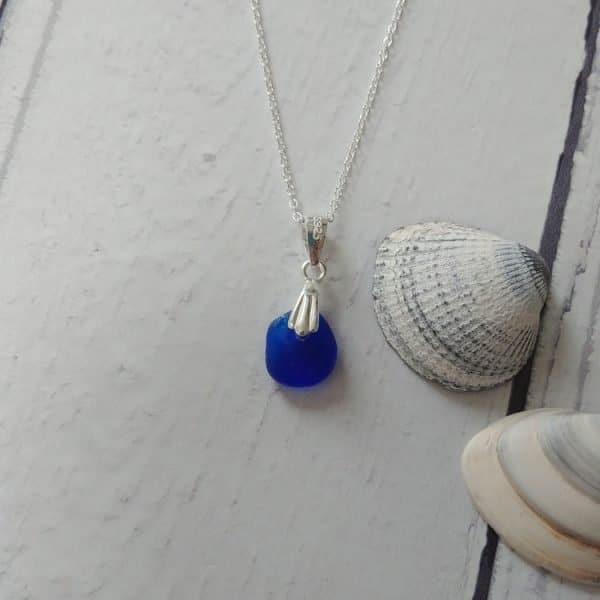 deep blue seaglass pendant necklace