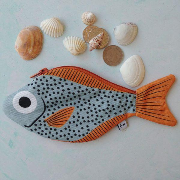 aqua sweeper fish purse