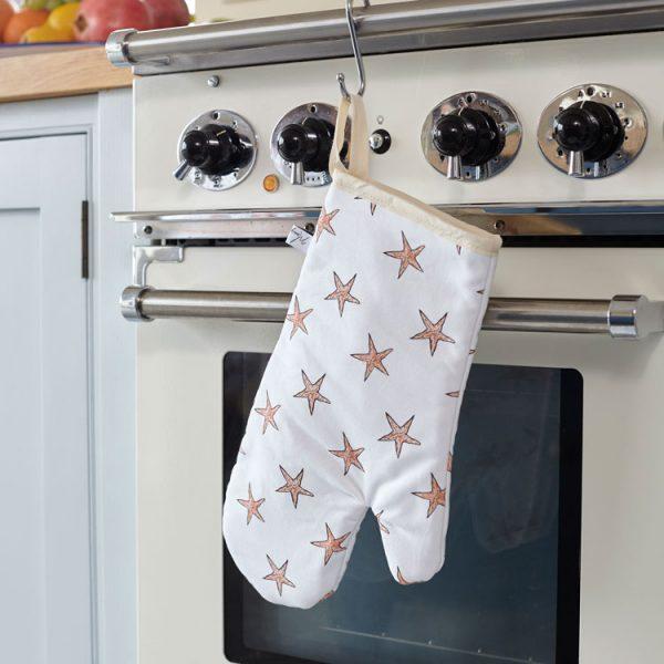 cotton starfish print oven glove